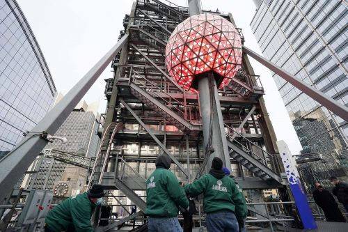How to watch the Times Square Ball Drop on New Year's Eve online and on TV