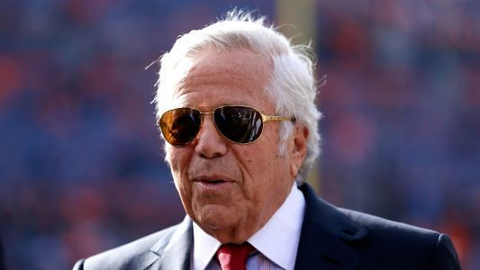 Prosecutors offer to drop solicitation charges against Robert Kraft, report says