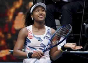 The Latest: Fognini pushes into 4th day in Australia to win