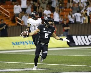 Cordeiro's 3 TD passes help Hawaii rally, beat UNLV 35-28