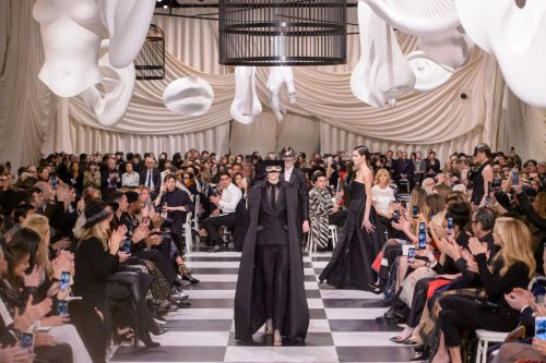 Dior's Spring 2018 Couture Collection Was a Mod Tribute to Black and White