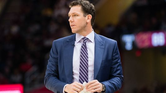 Kelli Tennant speaks out on Luke Walton: 'I thought he was going to rape me'