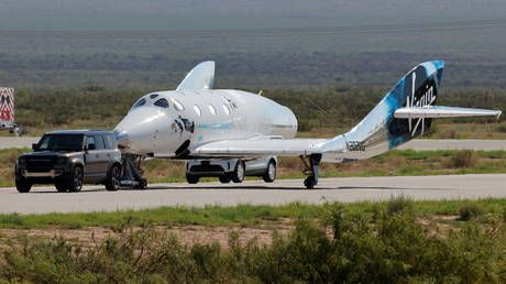 Virgin Galactic delays commercial space flight until late 2022, citing safety concerns around material 'strength margins'