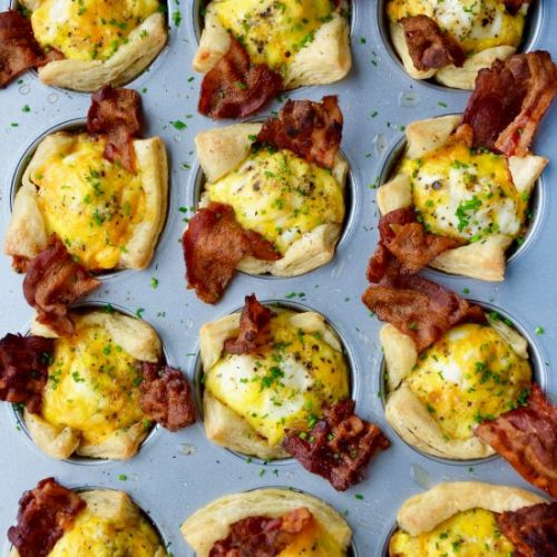 Bacon, Egg and Cheese Toast Cups