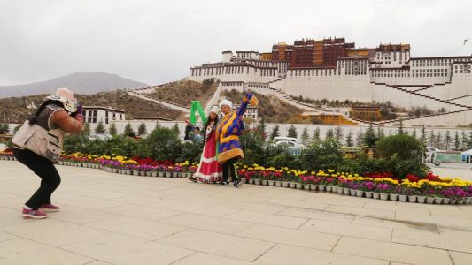 Chinese tourist incentives perk up visitor numbers