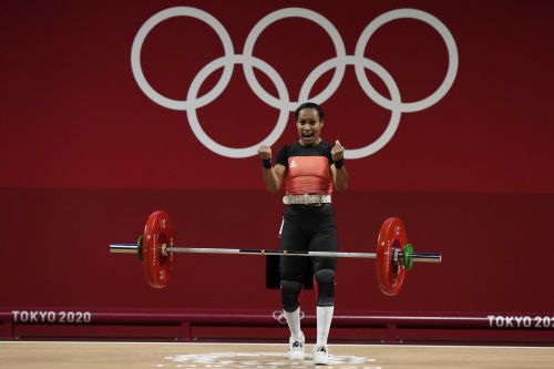 1st woman in Olympic weightlifting competes at Tokyo Games