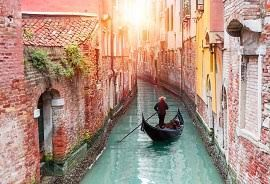 Venice to exile visitors behaving improperly