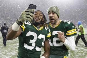 Packers' Jones says his contract status won't distract him