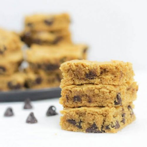 Healthy Peanut Butter Blondies