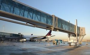 New triple passenger boarding bridge inaugurated by Brussels Airport