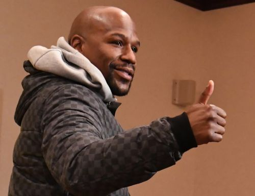 Boxer Floyd Mayweather to pay for George Floyd's funeral