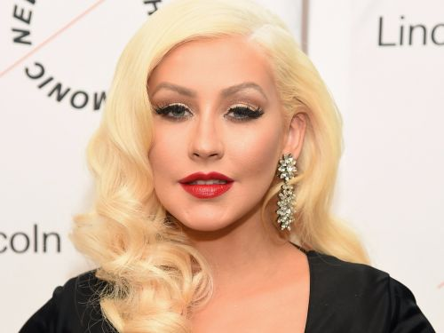 Christina Aguilera took off all her makeup for her new magazine cover - and the transformation will blow your mind