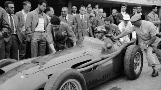 By Working With Juan Manuel Fangio, Ana Delfosse Became One of Motorsport's First Female Mechanics