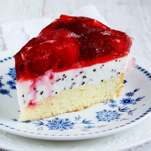Cheese cake with chia seeds