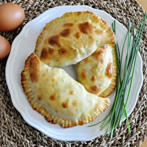 3-Ingredient BREAKFAST EMPANADAS