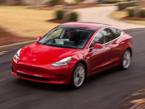 Elon Musk said Tesla's $35,000 Model 3 would arrive by the end of 2018 - here's why experts say that probably won't happen