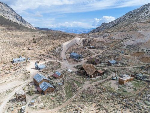 This California ghost town is for sale