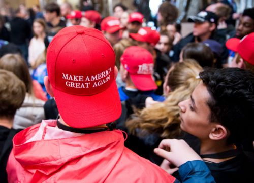 Judge: Bars are allowed to throw out Trump supporters