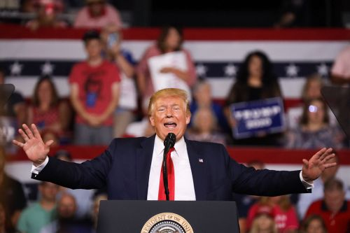 'Send her back': Trump batters Dem congresswomen on campaign trail