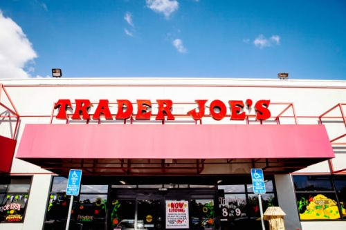Trader Joe's Employee Reveals Insider Secrets on Reddit