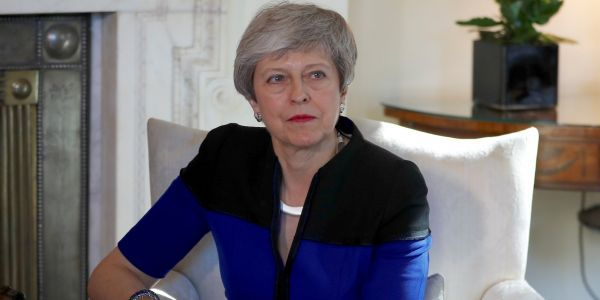 Theresa May agrees to set out resignation plans if her Brexit deal is defeated again