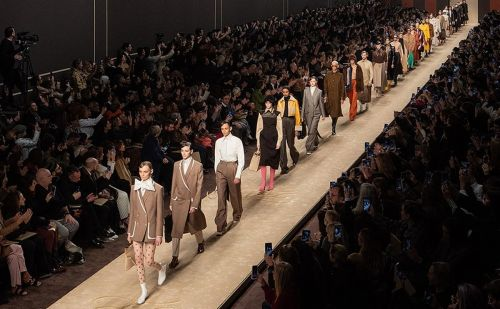 Fendi to stage fashion show in tribute of Karl Lagerfeld