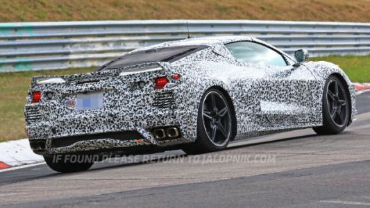 GM's New Patent Application Could Be Used to Do a Manual Mid-Engine Corvette