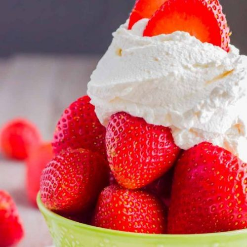 The BEST Whipped Cream-Sugar-free!