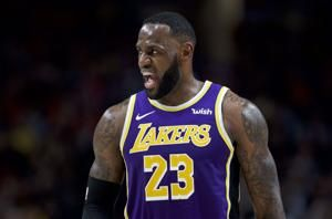 Anthony Davis has 39 and Lakers rout the Blazers 136-113