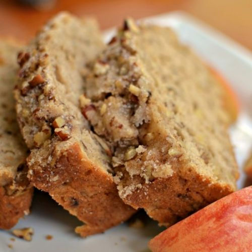 Apple Bread with Cinnamon Pecan Cru