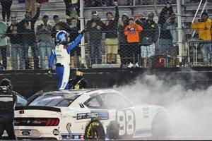 Briscoe heads into playoffs with Xfinity Series-high 7th win