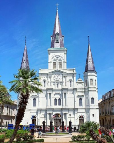 It's Time to Discover New Orleans: An Explorer's Guide to NOLA