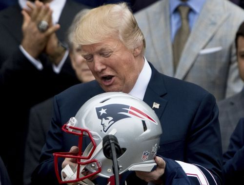 Trump taunts NFL over 'escaping' to locker rooms after changing Eagles visit to a national anthem party