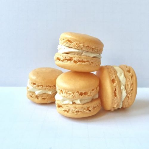 Passion fruit french macarons