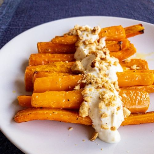 Roasted carrots with goat cheese