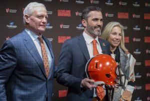 Berry returns to Browns as NFL's youngest general manager