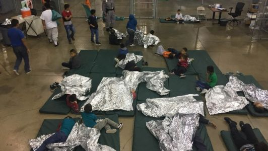 WHAT'S HAPPENING: Trump orders an end to family separations