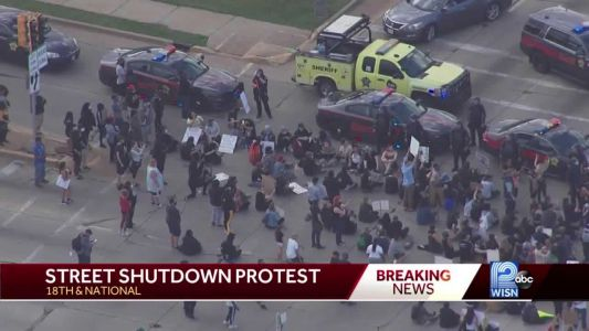 People protest around Milwaukee shutting down streets
