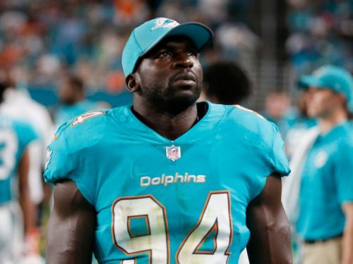 Dolphins linebacker indefinitely suspended by team after he was reportedly found at airport while team put out missing report