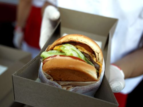 Despite Being Shut Down by the City, the Burger Overlords of San Francisco's In-N-Out Are Still Allowing Indoor Dining