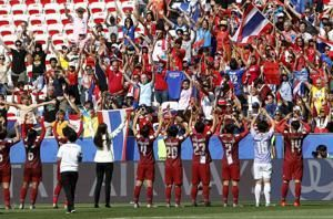 Thailand scores 1st World Cup goal in 5-1 loss to Sweden