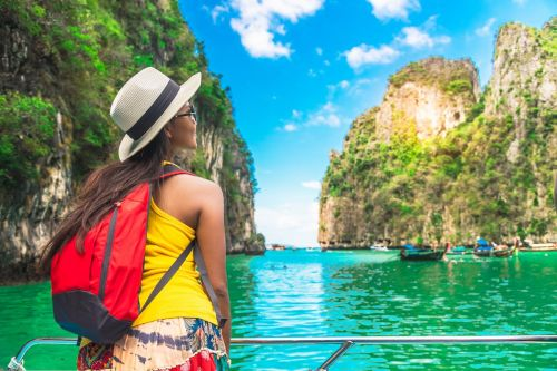 How one woman planned a 10-day trip to 3 continents with a limited budget and little time off work