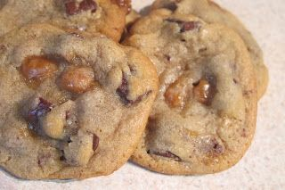 Chocolate Chip Cookies with Caramel