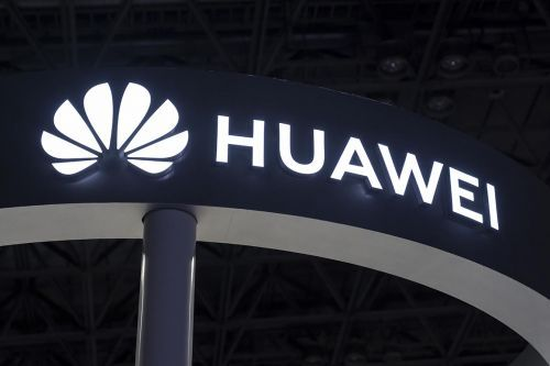 U.S. charges Huawei with racketeering and theft