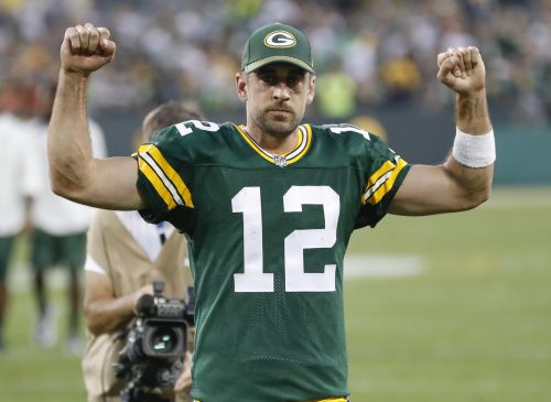 """Aaron Rodgers posts """"unity"""" pic on Instagram, elicits response from Tom Brady"""