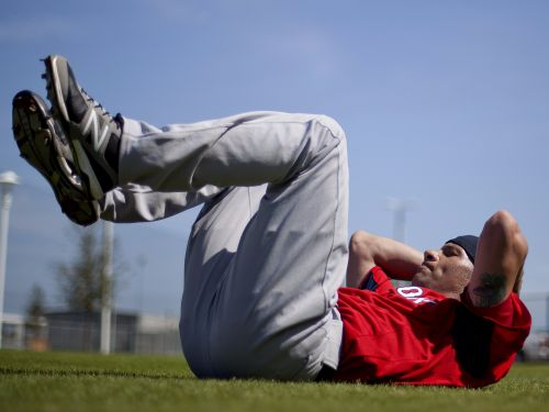 Fitness experts agree that sit-ups are worthless -here are 9 moves they recommend instead
