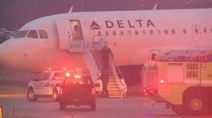 At Kansas City International Airport a Delta flight slid off