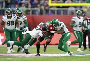 Jets' Mosley dealing with hamstring, uncertain for Pats game