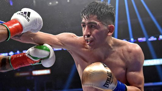 Leo Santa Cruz takes care of business against Rafael Rivera with unanimous decision