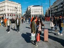 Spain to welcome fully vaccinated international visitors from tomorrow
